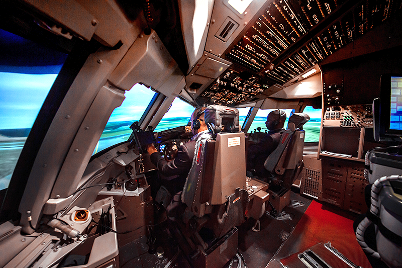 Boeing757 or Boeing767 MULTIPILOT TYPE RATING COURSE